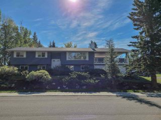 """Photo 2: 5300 YORK Drive in Prince George: Upper College House for sale in """"UPPER COLLEGE HEIGHTS"""" (PG City South (Zone 74))  : MLS®# R2495982"""
