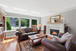 """Photo 3: 14229 31A Avenue in Surrey: Elgin Chantrell House for sale in """"Elgin Park"""" (South Surrey White Rock)  : MLS®# R2614209"""