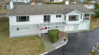 Photo 2: 330 Niluht Rd in : CR Campbell River Central House for sale (Campbell River)  : MLS®# 866506