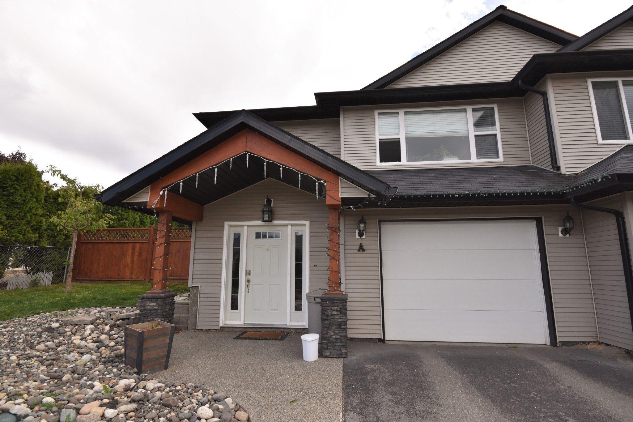 Main Photo: 6744A Longacre Drive in Vernon: Okanagan Landing House for sale (North Okanagan)  : MLS®# 10232359