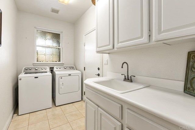 Photo 20: Photos: House for sale : 5 bedrooms : 1171 Adena Way in San Marcos