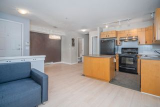 Photo 5: 10 7488 SOUTHWYNDE Avenue in Burnaby: South Slope Townhouse for sale (Burnaby South)  : MLS®# R2617010