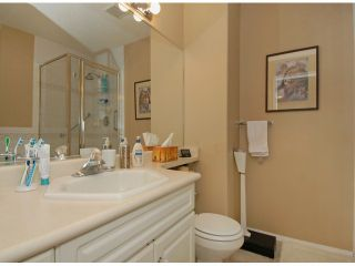 """Photo 7: 229 13888 70TH Avenue in Surrey: East Newton Townhouse for sale in """"CHELSEA GARDENS"""" : MLS®# F1312877"""