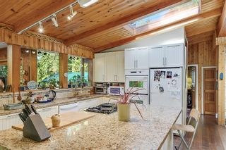 Photo 8: 411 VILLAGE BAY Road: Mayne Island House for sale (Islands-Van. & Gulf)  : MLS®# R2615505