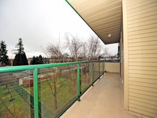 """Photo 9: 311 32044 OLD YALE Road in Abbotsford: Abbotsford West Condo for sale in """"GREEN GABLES"""" : MLS®# F1302366"""