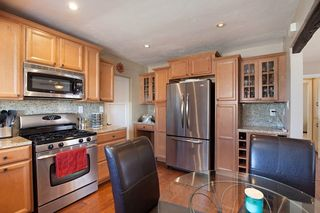 Photo 4: SAN DIEGO House for sale : 3 bedrooms : 6109 Thorn
