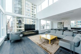"""Photo 18: 2207 1351 CONTINENTAL Street in Vancouver: Downtown VW Condo for sale in """"MADDOX"""" (Vancouver West)  : MLS®# R2040078"""
