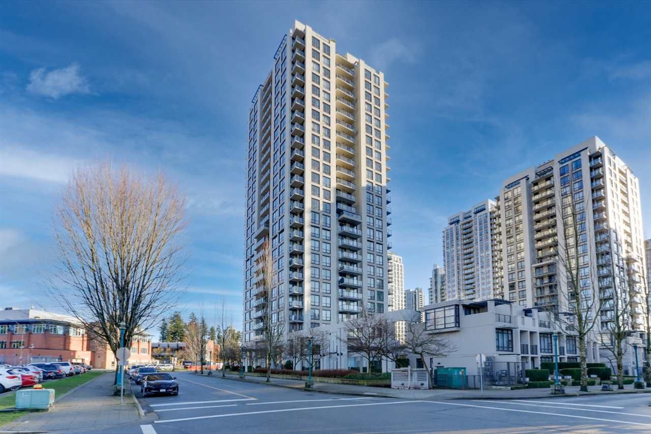 Main Photo: 909 2982 BURLINGTON Drive in Coquitlam: North Coquitlam Condo for sale : MLS®# R2530195