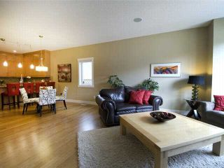 Photo 4: 1 523 34 Street NW in CALGARY: Parkdale Townhouse for sale (Calgary)  : MLS®# C3473184