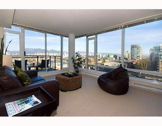 """Photo 4: 906 1650 W 7TH Avenue in Vancouver: Fairview VW Condo for sale in """"VIRTU"""" (Vancouver West)  : MLS®# V748830"""
