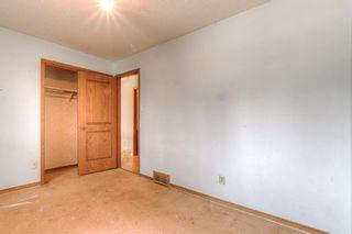 Photo 17: 11131 Braeside Drive SW in Calgary: Braeside Detached for sale : MLS®# A1124216