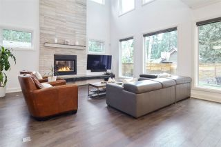 "Photo 3: 13074 15 Avenue in Surrey: Crescent Bch Ocean Pk. House for sale in ""Ocean Park"" (South Surrey White Rock)  : MLS®# R2560270"