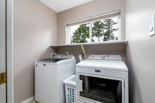Photo 15: 41 118 Aldersmith Pl in : VR Glentana Row/Townhouse for sale (View Royal)  : MLS®# 878660