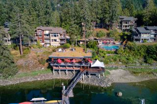 "Photo 4: 23B 12849 LAGOON Road in Madeira Park: Pender Harbour Egmont Condo for sale in ""Painted Boat"" (Sunshine Coast)  : MLS®# R2484398"