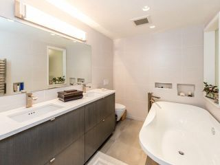 Photo 11: 2254 Spruce in Vancouver: Fairview VW Townhouse for sale (Vancouver West)  : MLS®# V1101352