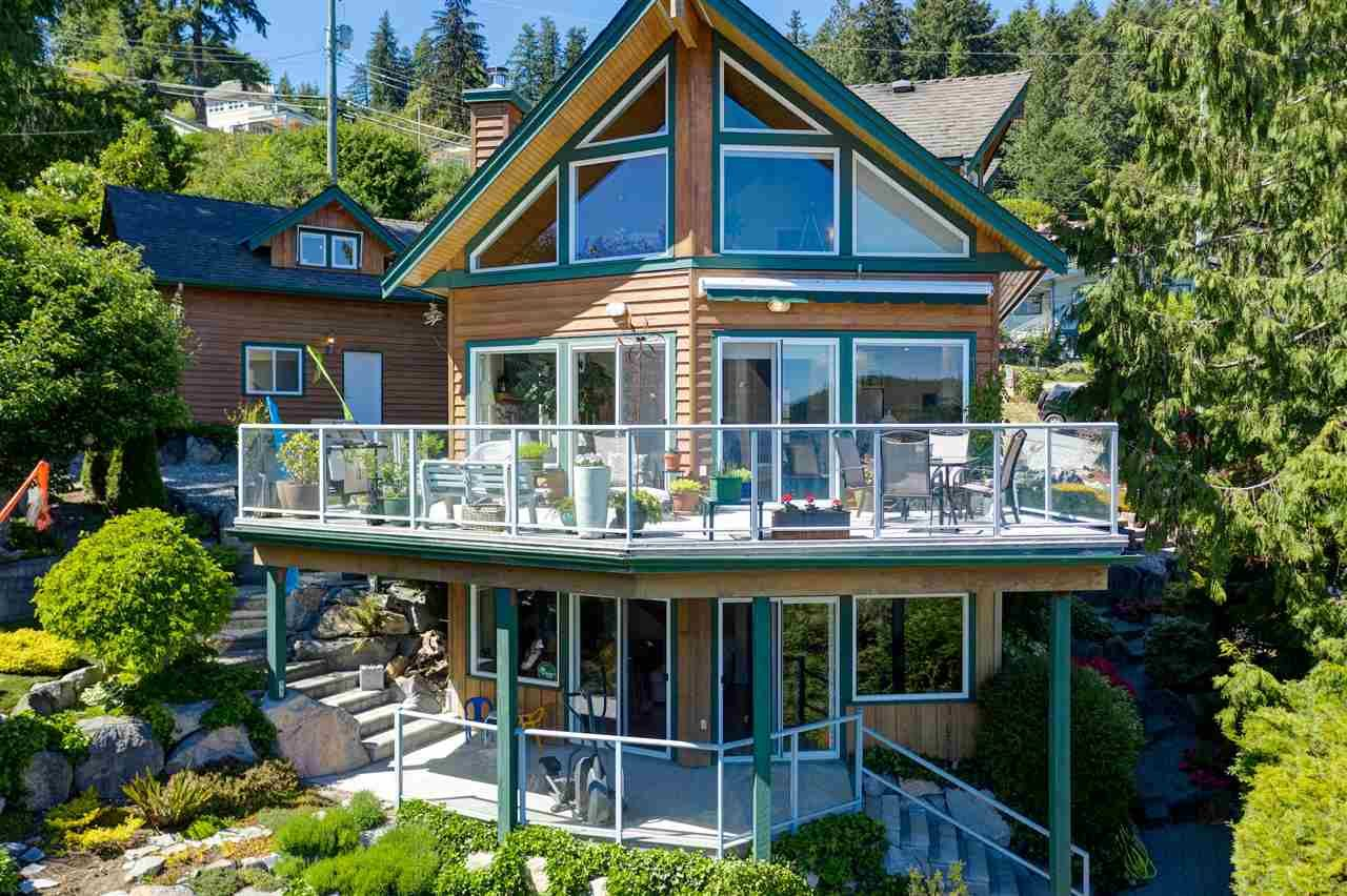 A beautiful view home in Gibsons