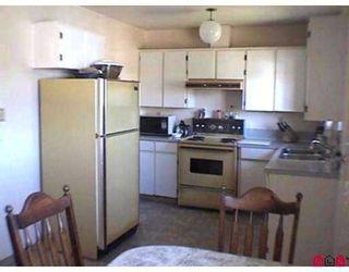 "Photo 4: 11699 85A Avenue in Delta: Annieville 1/2 Duplex for sale in ""KENNEDY"" (N. Delta)  : MLS®# F2727583"