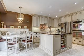 Photo 8: 5989 Greensboro Drive in Mississauga: Central Erin Mills House (2-Storey) for sale : MLS®# W4147283