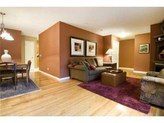 Photo 2: 4815 40 Avenue SW in CALGARY: Glamorgan Residential Detached Single Family for sale (Calgary)  : MLS®# C3494694