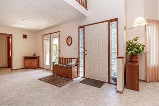 Photo 6: 1740 Lopez Pl in North Saanich: NS Dean Park House for sale : MLS®# 873603