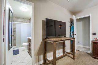 Photo 10: OCEANSIDE House for sale : 4 bedrooms : 158 Warner St