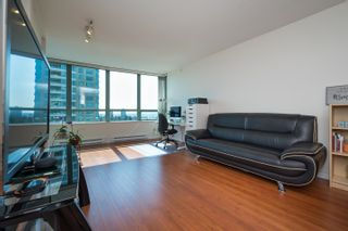 Photo 5: 1202 6611 SOUTHOAKS Crescent in Burnaby: Highgate Condo for sale (Burnaby South)  : MLS®# R2598411
