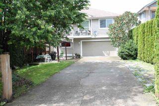 Photo 3: 23748 KANAKA Way in Maple Ridge: Cottonwood MR House for sale : MLS®# R2097318