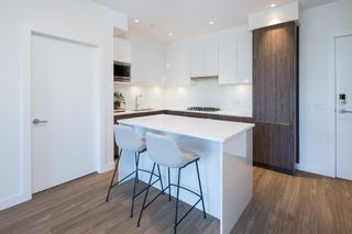 Photo 2: 408 379 E BROADWAY AVENUE in Vancouver: Mount Pleasant VE Condo for sale (Vancouver East)  : MLS®# R2599900