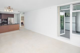 """Photo 10: 307 5989 IONA Drive in Vancouver: University VW Condo for sale in """"Chancellor Hall"""" (Vancouver West)  : MLS®# R2194182"""