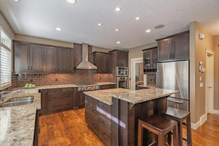 Photo 8: 10 Wentwillow Lane SW in Calgary: West Springs Detached for sale : MLS®# C4294471