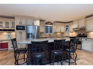 Photo 5: 5662 185 Street in Surrey: Cloverdale BC House for sale (Cloverdale)  : MLS®# R2430379