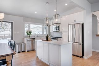 Photo 10: 87 West Glen Crescent SW in Calgary: Westgate Detached for sale : MLS®# A1068835