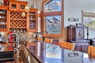 Photo 9: 812 Silvertip Heights: Canmore Detached for sale : MLS®# A1120458