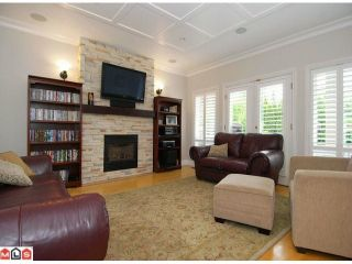 """Photo 5: 10556 SUMAC Place in Surrey: Fraser Heights House for sale in """"Glenwood Estates"""" (North Surrey)  : MLS®# F1012253"""