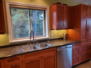 Photo 10: 2473 Valleyview Pl in : Sk Broomhill House for sale (Sooke)  : MLS®# 887391