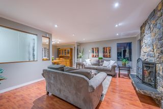 Photo 2: 3365 UPTON Road in North Vancouver: Lynn Valley House for sale : MLS®# R2445572