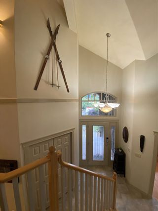 """Photo 12: 1002 PANORAMA Place in Squamish: Hospital Hill House for sale in """"Hospital Hill"""" : MLS®# R2502183"""