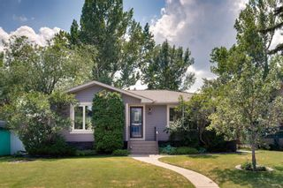 Photo 2: 6419 Travois Crescent NW in Calgary: Thorncliffe Detached for sale : MLS®# A1101203