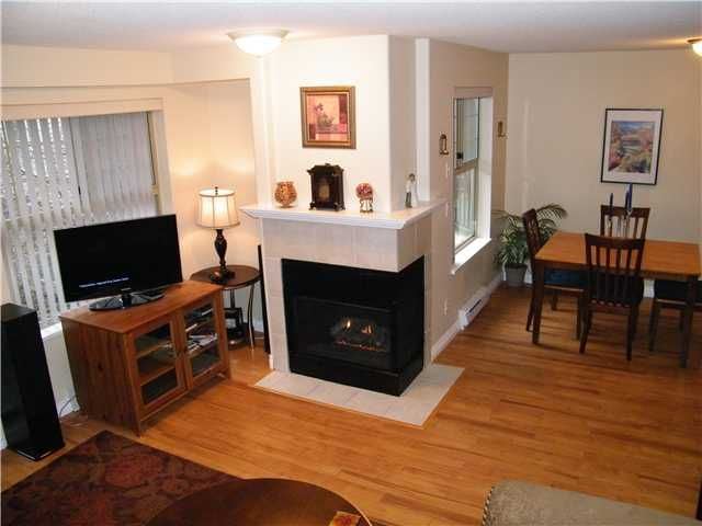 Photo 3: Photos: # 310 211 12TH ST in New Westminster: Uptown NW Condo for sale : MLS®# V923650