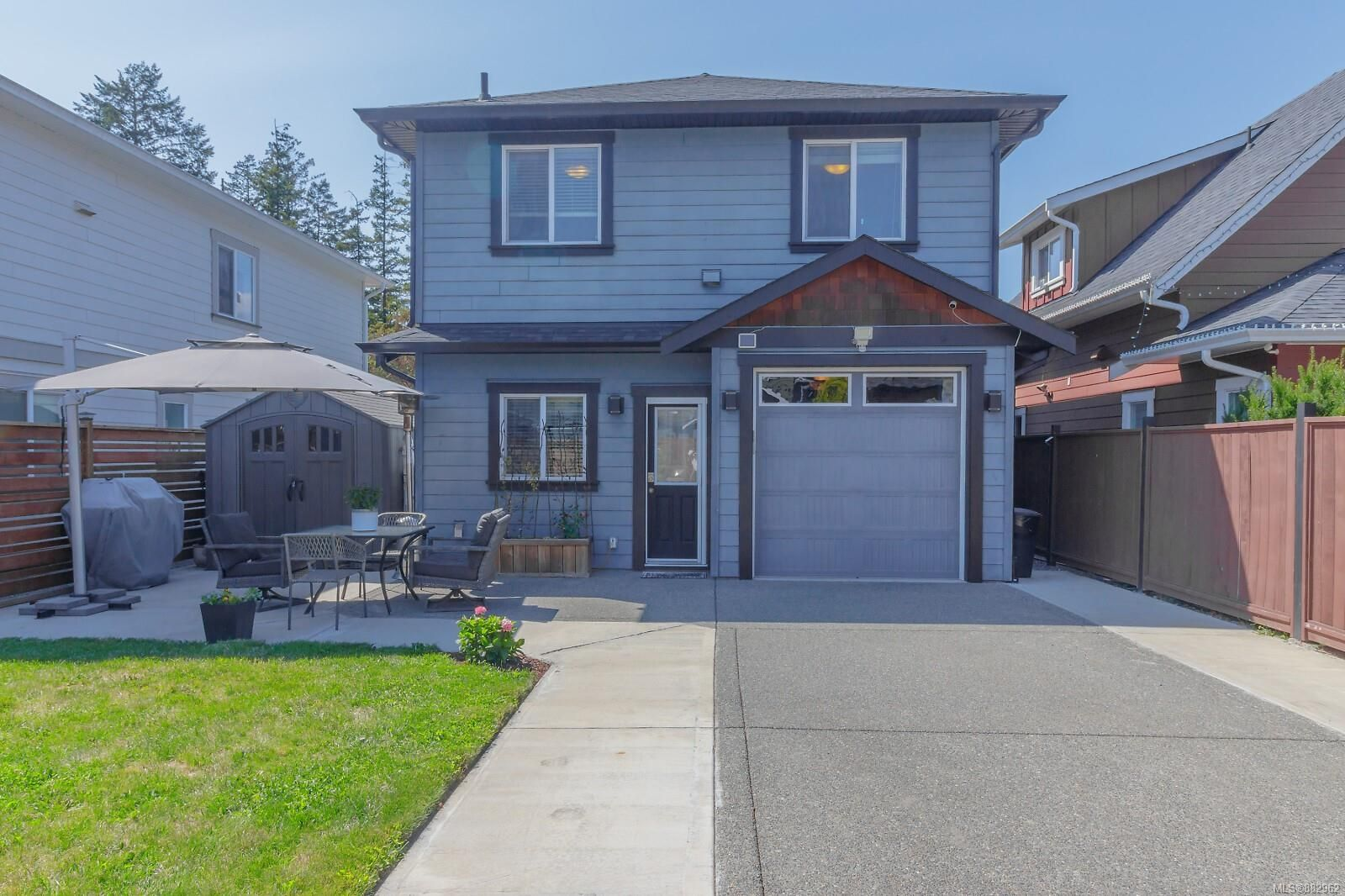 Main Photo: 3373 Piper Rd in Langford: La Luxton House for sale : MLS®# 882962