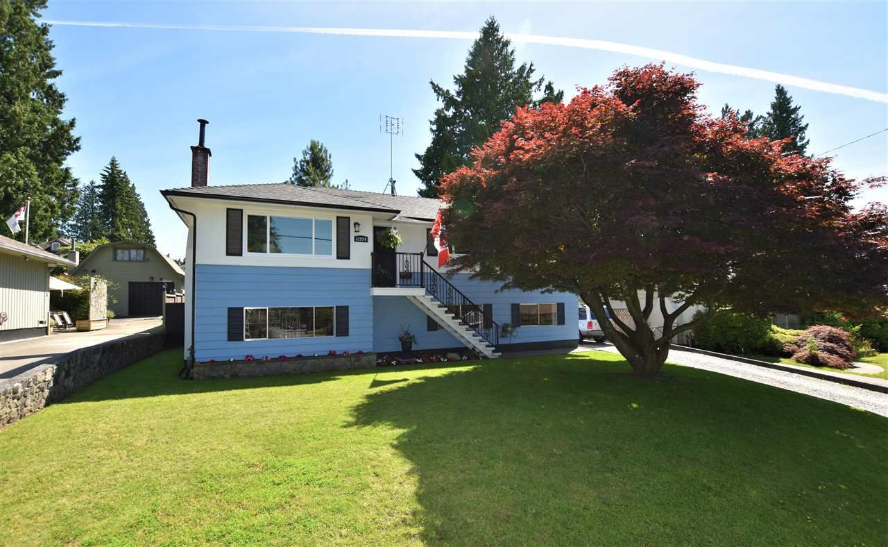 """Main Photo: 11554 97 Avenue in Surrey: Royal Heights House for sale in """"ROYAL HEIGHTS"""" (North Surrey)  : MLS®# R2467734"""