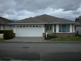 """Main Photo: 16 46485 AIRPORT Road in Chilliwack: Chilliwack E Young-Yale House for sale in """"WILLOWBROOK"""" : MLS®# H1400538"""