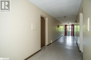 Photo 11: 74 SANFORD Street Unit# 6 in Barrie: Condo for lease : MLS®# 40155545