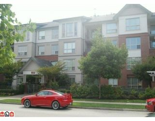 """Photo 1: 211 15188 22ND Avenue in Surrey: Sunnyside Park Surrey Condo for sale in """"MUIRFIELD GARDENS ON 22ND"""" (South Surrey White Rock)  : MLS®# F1003187"""