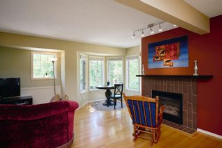 Photo 2: 5471 Patina Drive SW in Calgary: Patterson Row/Townhouse for sale : MLS®# A1126080