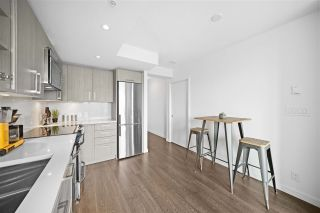 """Photo 9: 803 955 E HASTINGS Street in Vancouver: Strathcona Condo for sale in """"Strathcona Village - The Heatley"""" (Vancouver East)  : MLS®# R2592252"""