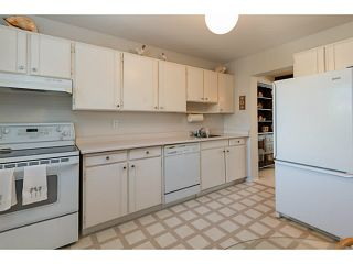 """Photo 7: 33 11551 KINGFISHER Drive in Richmond: Westwind Townhouse for sale in """"WEST CHELSEA/WESTWIND"""" : MLS®# V1044115"""