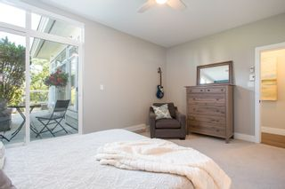 """Photo 14: 411 2628 YEW Street in Vancouver: Kitsilano Condo for sale in """"Connaught Place"""" (Vancouver West)  : MLS®# R2377344"""