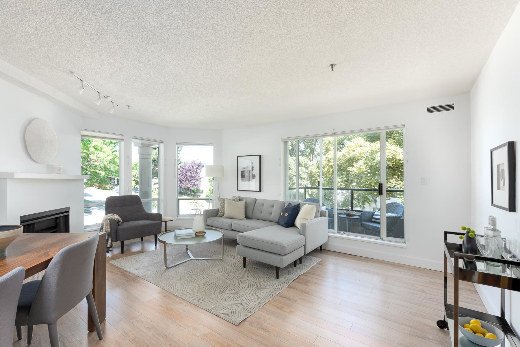 """Main Photo: 206 1988 MAPLE Street in Vancouver: Kitsilano Condo for sale in """"The Maples"""" (Vancouver West)  : MLS®# R2597512"""