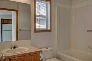 Photo 31: 6807 Pinecliff Grove NE in Calgary: Pineridge Row/Townhouse for sale : MLS®# A1121395